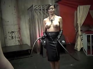 THE ART OF WHIPPING pt 2 - Starring Mistress Maxine